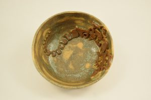 Unika keramik skål med firben figurdk/