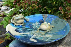 fuglebad i glaseret keramik